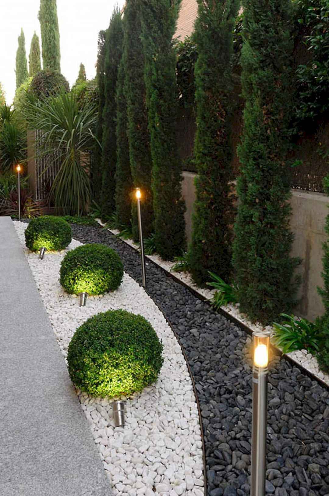best 10 beautiful long driveway landscaping design ideas house rh pinterest com
