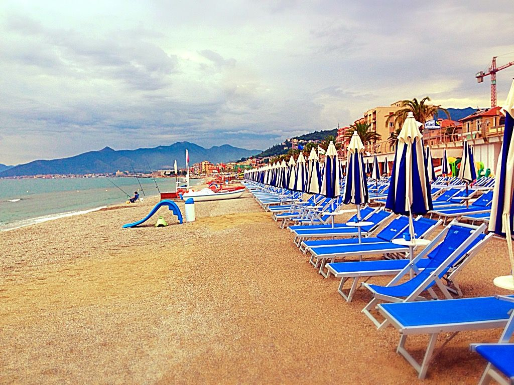 Italy Beach --- http://hello-italia.de/  --- ---https://www.youtube.com/channel/UCd4HEGWcxX4wSXZYGWptKtg