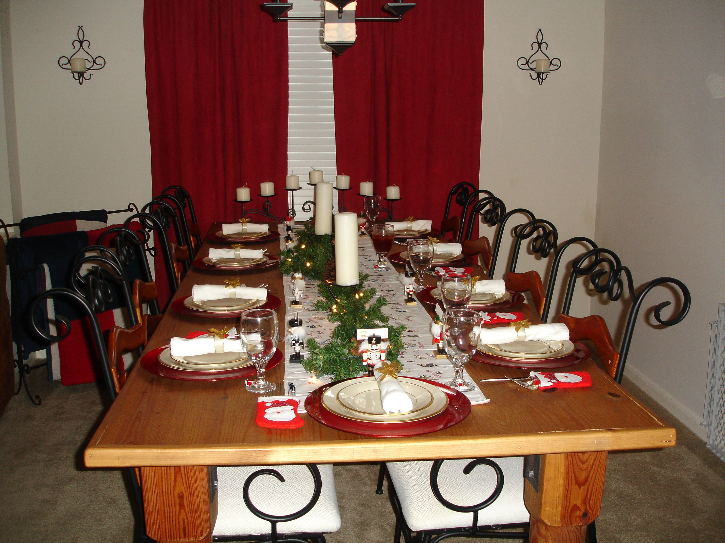 a christmas dinner table i set i bought little stockings to put the rh pinterest com