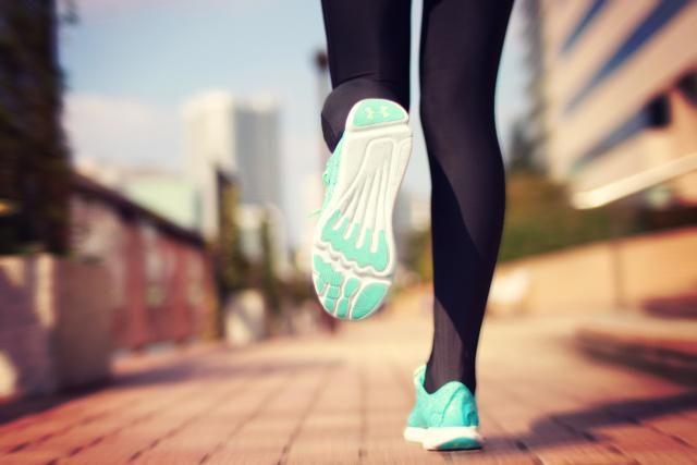 ダイエットのために走る!運動不足だからランニングしたい!そんな人に、ジョギングの効果をアップさせる8つのポイントを紹介します。