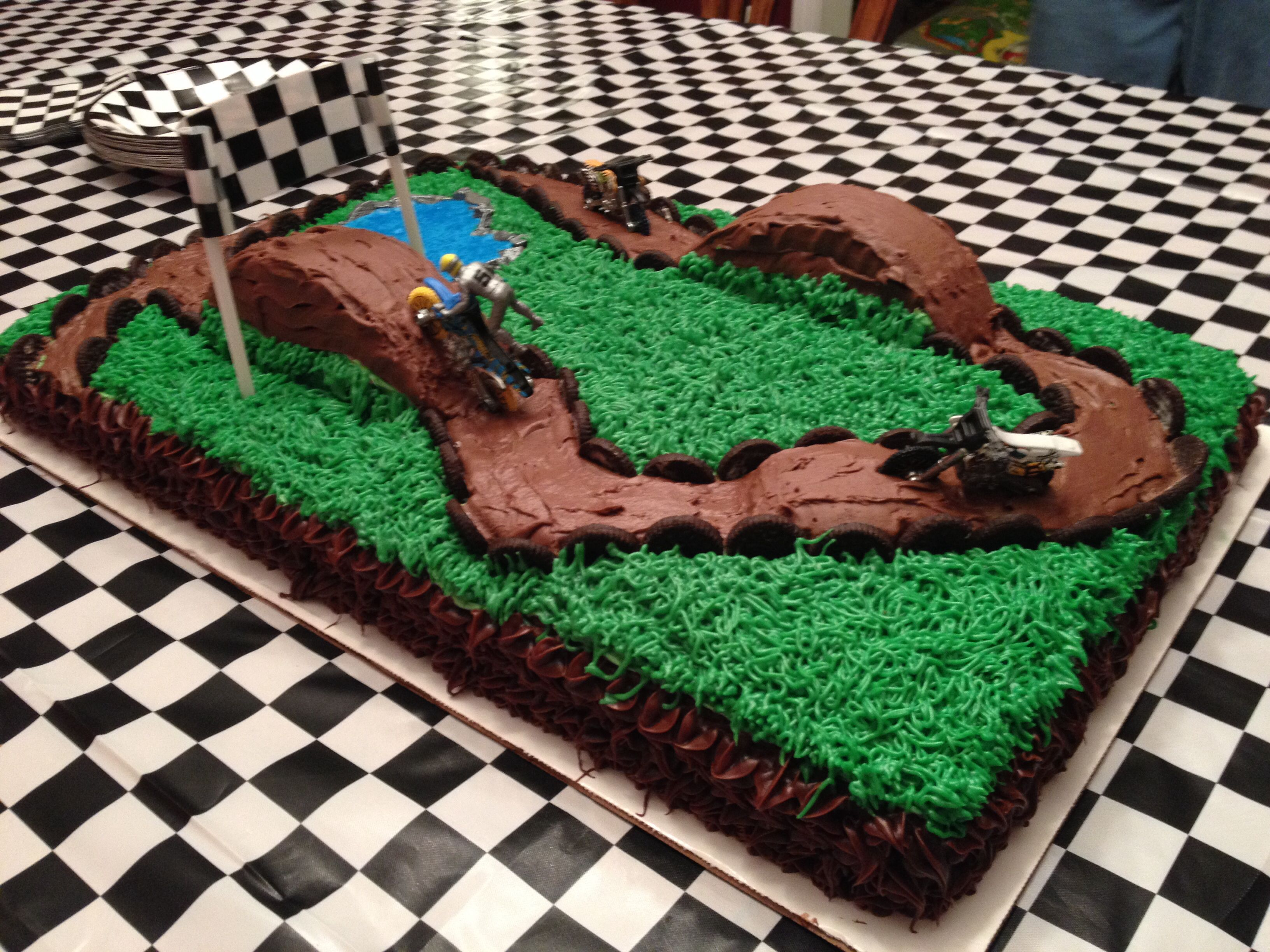 Dirt Track Cake With Images Dirt Bike Birthday Dirt Bike Cakes