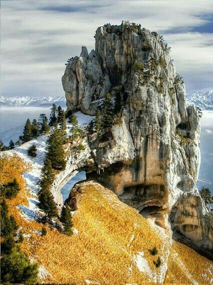 Le Massif De La Chartreuse : massif, chartreuse, Chartreuse, Mountains,, France., Wonders, World,, Nature,, Beautiful, Places, World