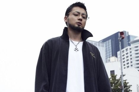 pin by nguyễn ngọc on 山田孝之 bomber jacket fashion mens tops