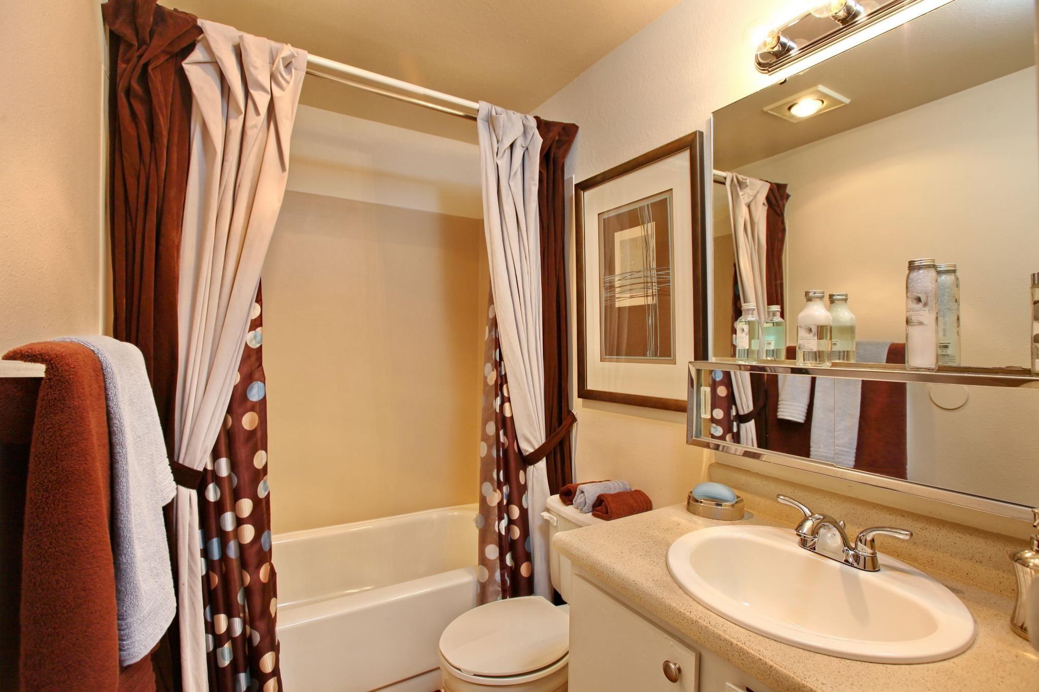 Staged Apartment Bathroom Staged Apartment Bathroom