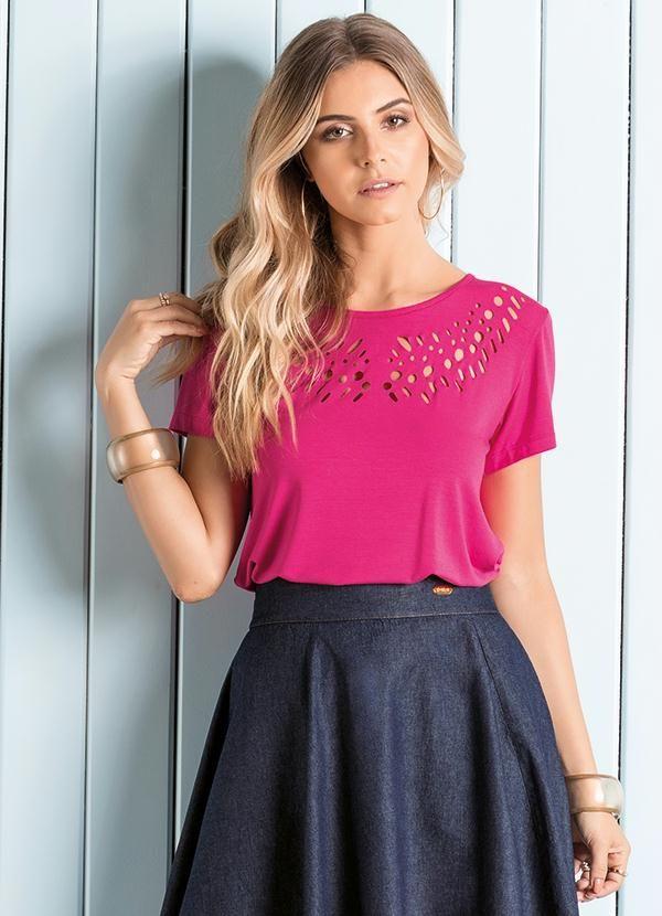 a4cbb24beb5 Blusa com Vazado no Decote Pink - Quintess