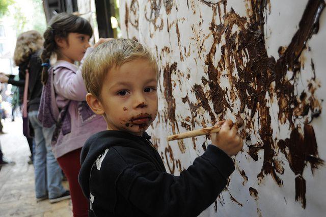 Dibujar con chocolate con el Gremio de Pastelería de Barcelona en el Museu de la Xocolata. Foto: Jordi Mota