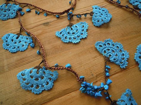 Turquoise and brown crochet lariat necklace, large fan shapes