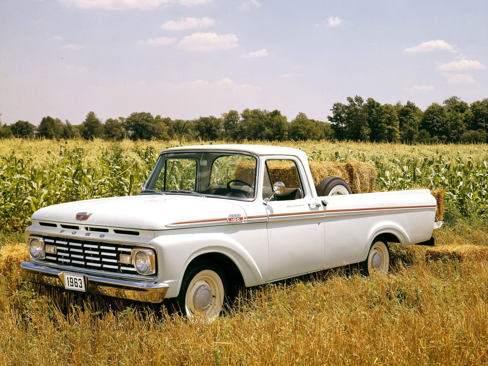 1963 Ford F-100 Custom Cab Styleside Pickup