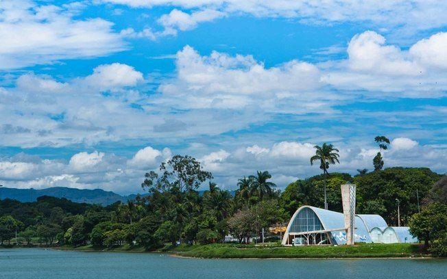 Viaje de carro pelas cidades históricas de Minas Gerais