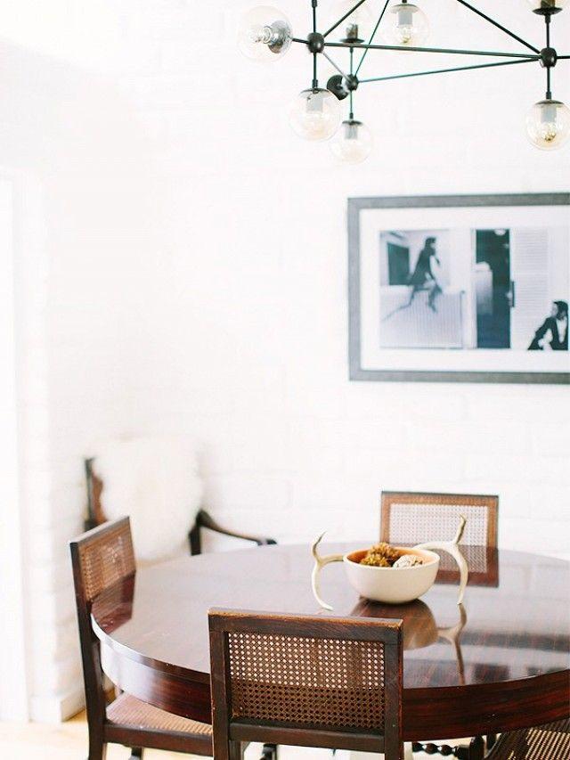 charleston home design%0A Here u    s How a Los Angeles Interior Designer Styles Her Beach Home