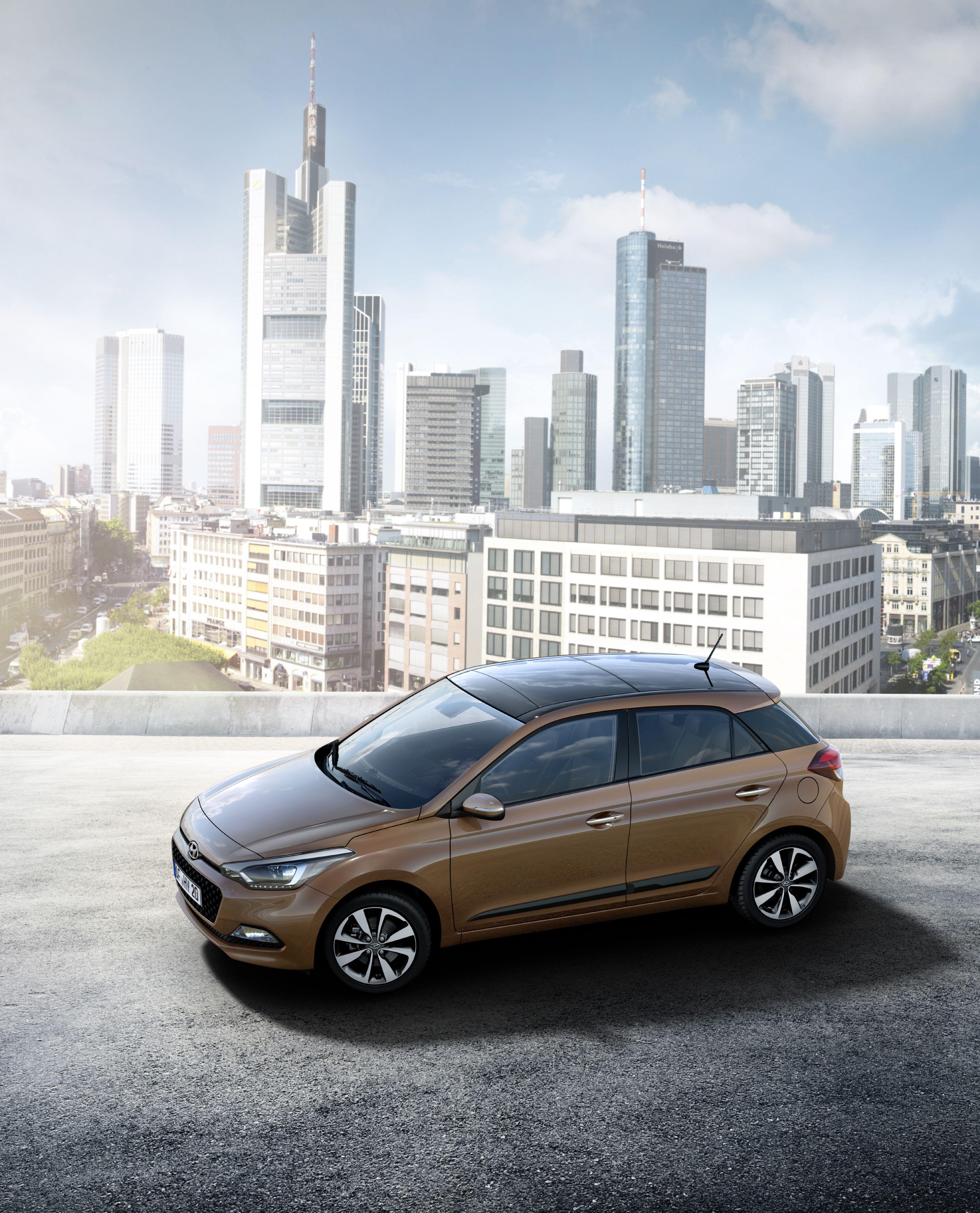 Pierwsze Zdjecia Ujawniaja Spojny Projekt Nowego Modelu I20 Hyundai City Car Car