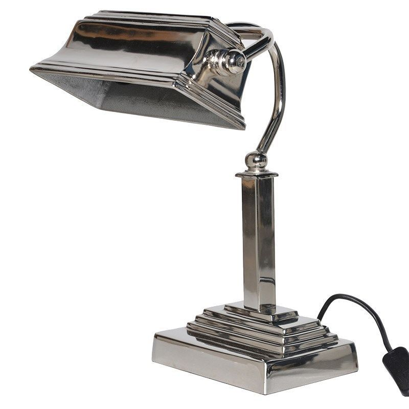 A Fabulous Traditional Bankers Desk Lamp Class And Sophistication This Lamp Is In A Wonderful Traditional Style A S Bankers Desk Lamp Desk Lamp Bankers Lamp