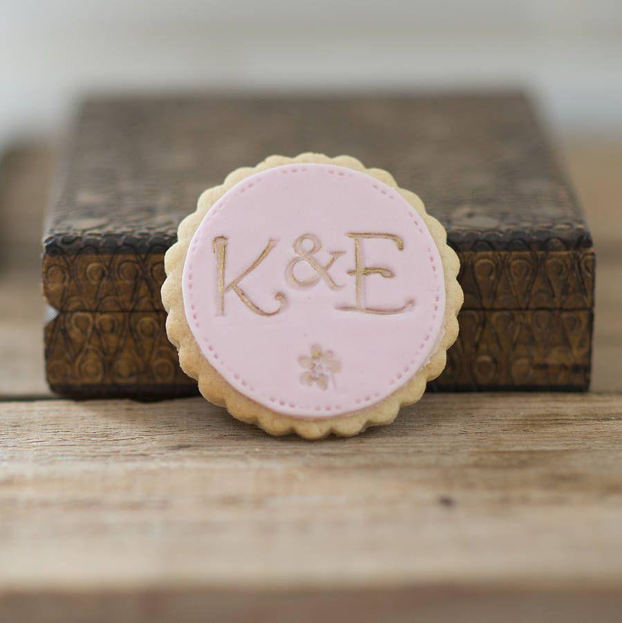 easy diy rustic wedding favors%0A Personalised Monogram Wedding Favour Cookies