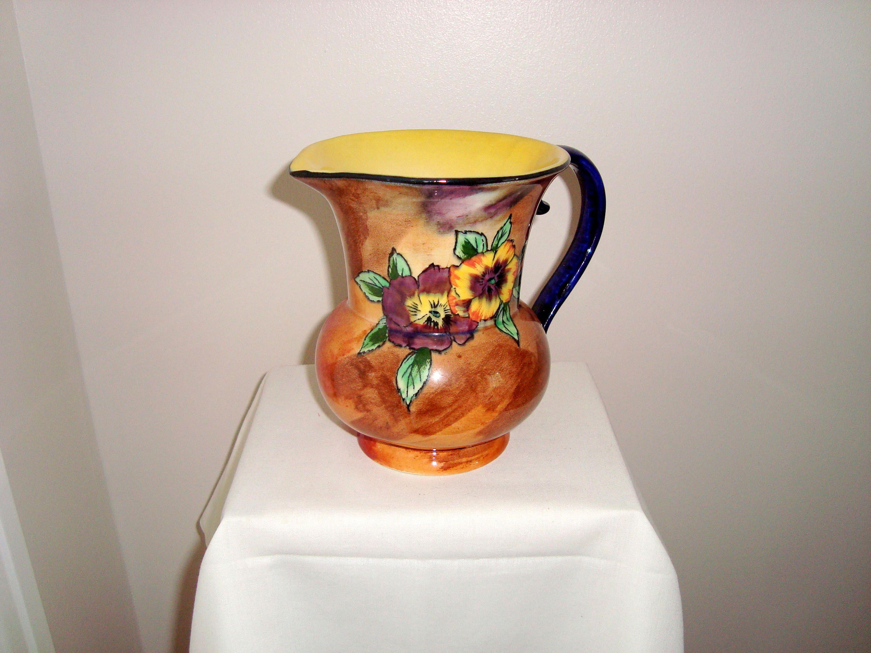 Art deco h k tunstall hollinshead and kirkham viola pattern art deco h k tunstall hollinshead and kirkham viola pattern jug vase signed by r grocott reviewsmspy