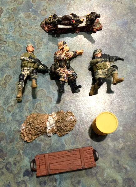 Miniature Toy Soldier Lot and Accessories | LeftoverStuff | Toy