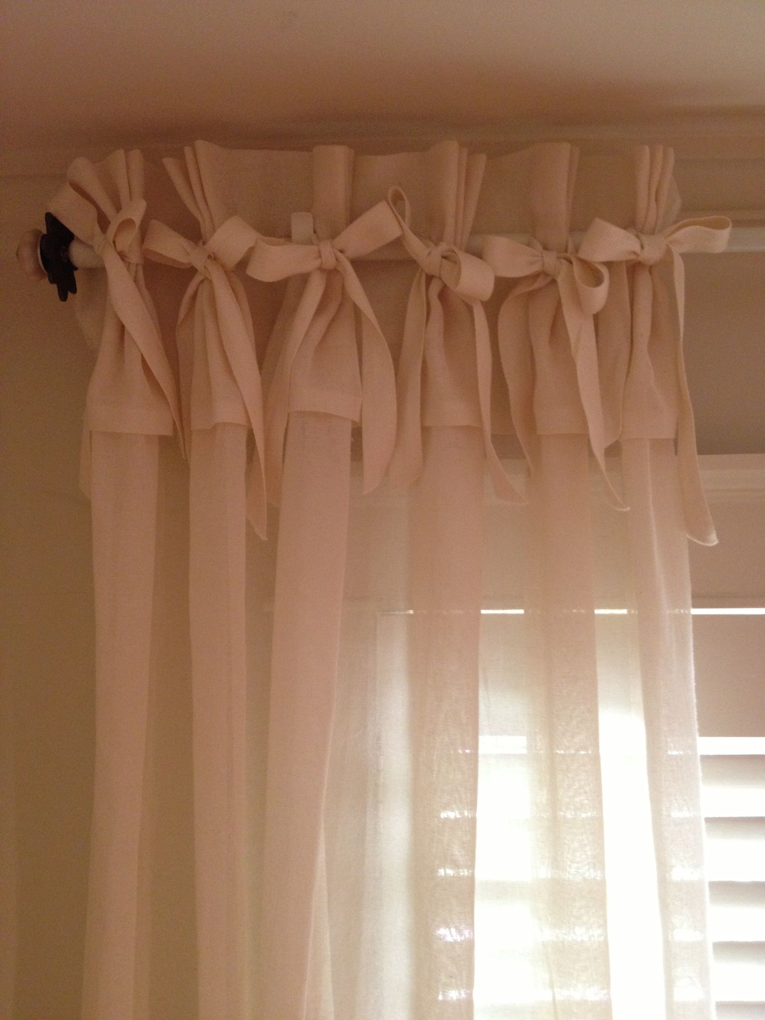 Marvelous How To Make No Sew Curtain Panels With Bows And Ruffles