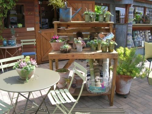 idea for pallet potting bench by leticia garden patio rh pinterest es