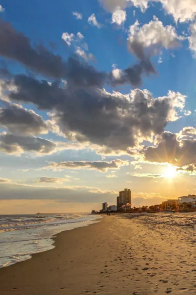 book your stay at one of our myrtle beach vacation rentals to rh pinterest com