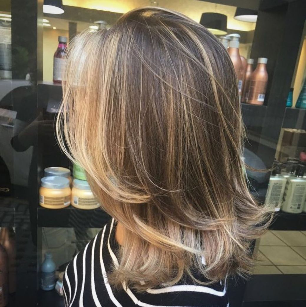 70 Brightest Medium Layered Haircuts To Light You Up Medium Layered Haircuts Medium Length Hair Styles Layered Haircuts