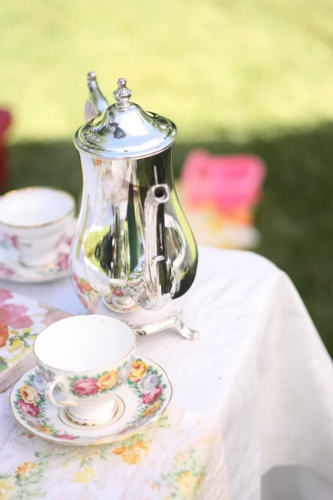 bridal shower teparty decorations%0A Bridal Shower Tea Themeawesomeness    love this idea