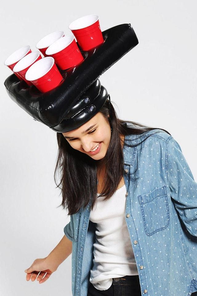 Funny White Elephant Gifts #schrottwichtelnideen Gifts Pong Head Beer Pong Hat White Elephant gift Idea #schrottwichtelnideen