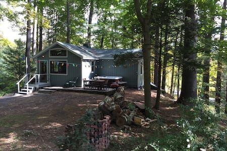 Oklahoma Modern Cabin In Broken Bow Airbnb Modern Luxury Soaker Tub Modern Cabin