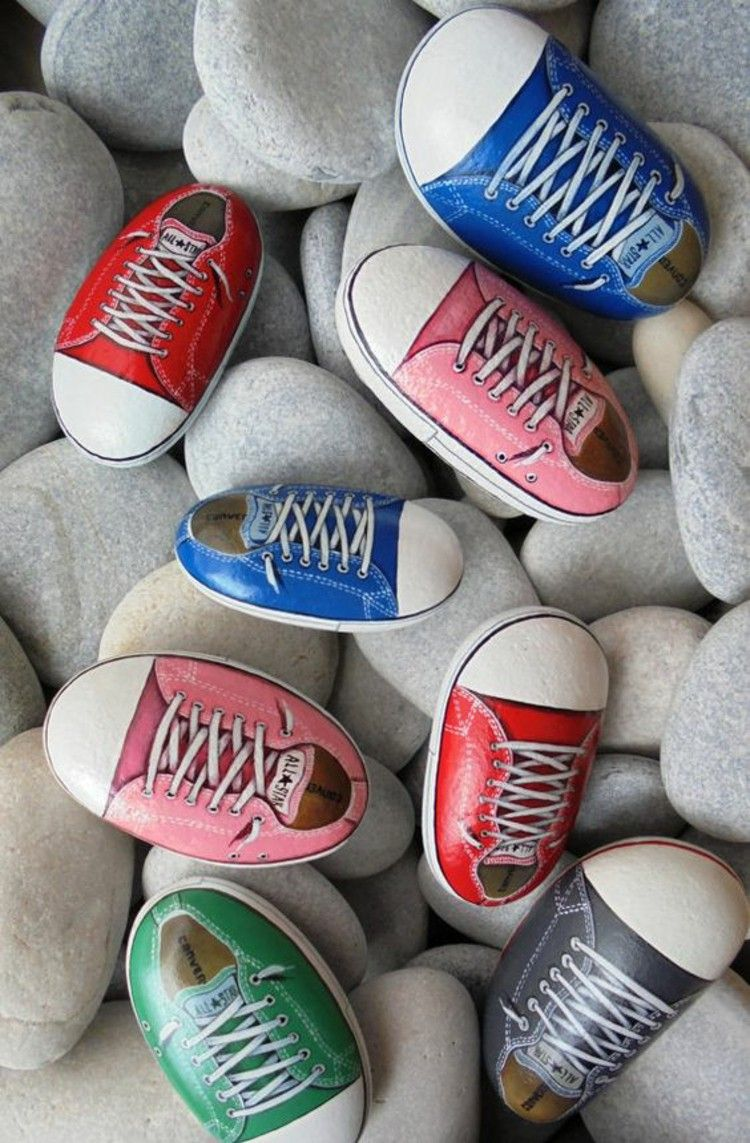 Sneakers painted colorful scheakers stones rocks pinterest tips for painting stones solutioingenieria Gallery