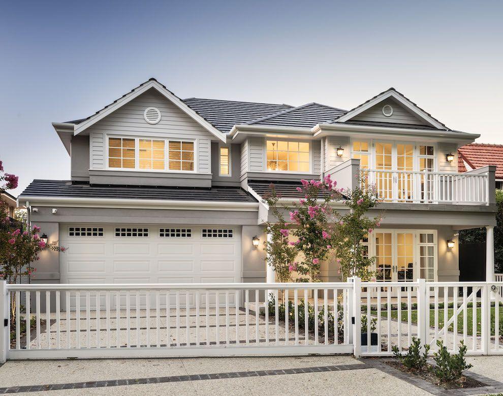 Hamptons Custom Home in Applecross Oswald