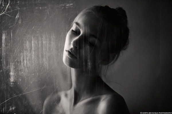_beatrice__through_the_glass_by_m0thart