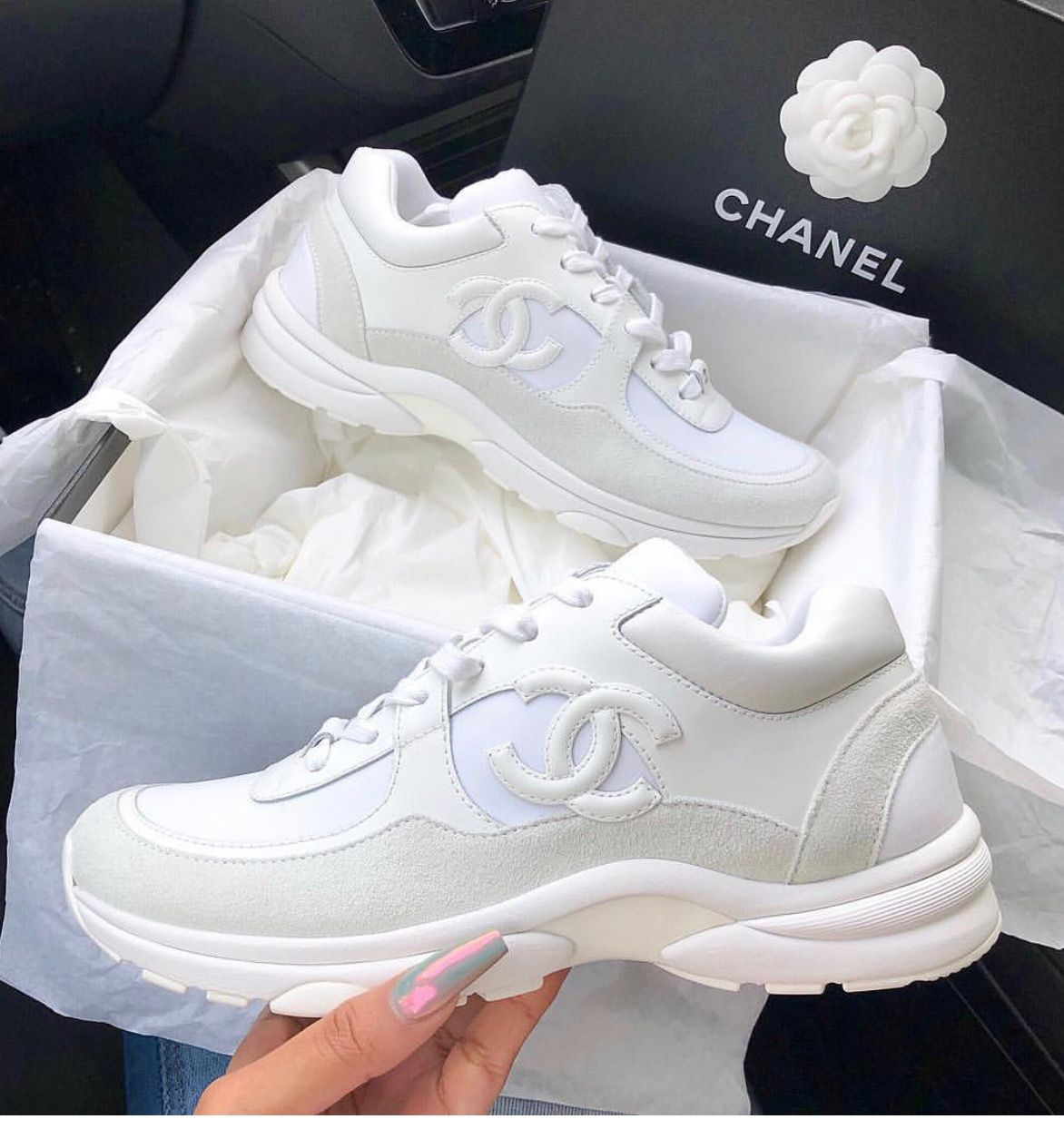Pin von Magdalena Weiss auf Shoes in 2020 | Sneakers mode