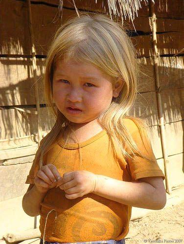 Blonde Hmong Girl From Member Puma Blonde Asian Blonde Hair