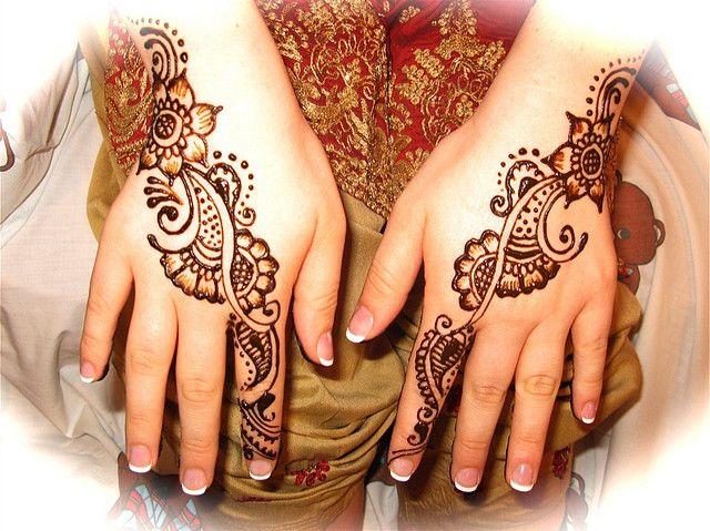 Mehndi Henna Pen : Simple henna tops of hands hennas mehndi and tattoo
