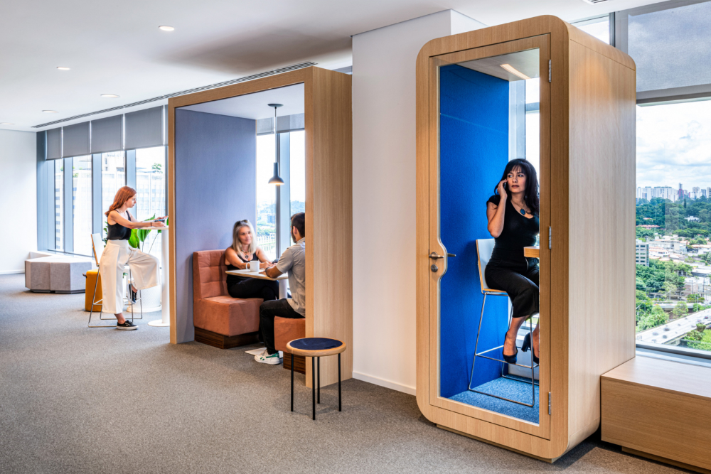 Confidential International Insurance Company Offices Sao Paulo Office Snapshots In 2020 Commercial Interior Design Workspace Inspiration Booth Seating
