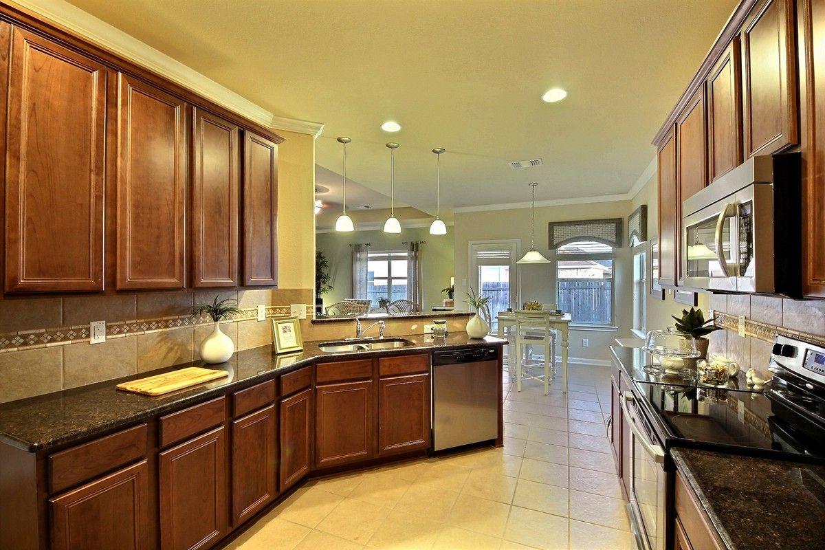 Kitchen Imagine Homes San Antonio Texas Kitchen Home Kitchen Cabinets