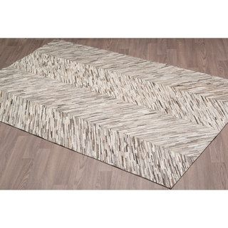 Grey Leather Hand-stitched Area Rug (5' x 8')