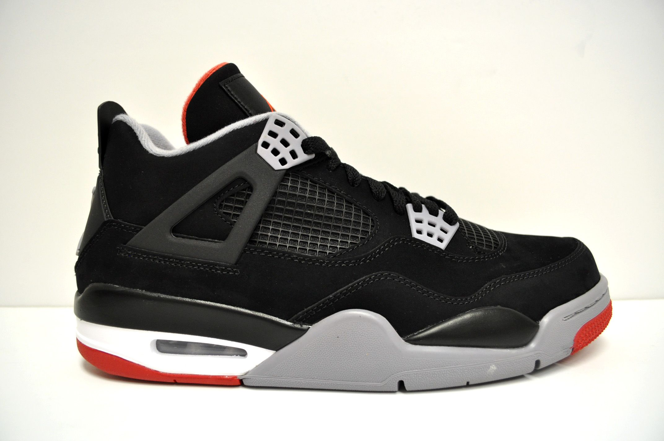 Jordan 4 Retro Bred Awaiting delivery, can't wait