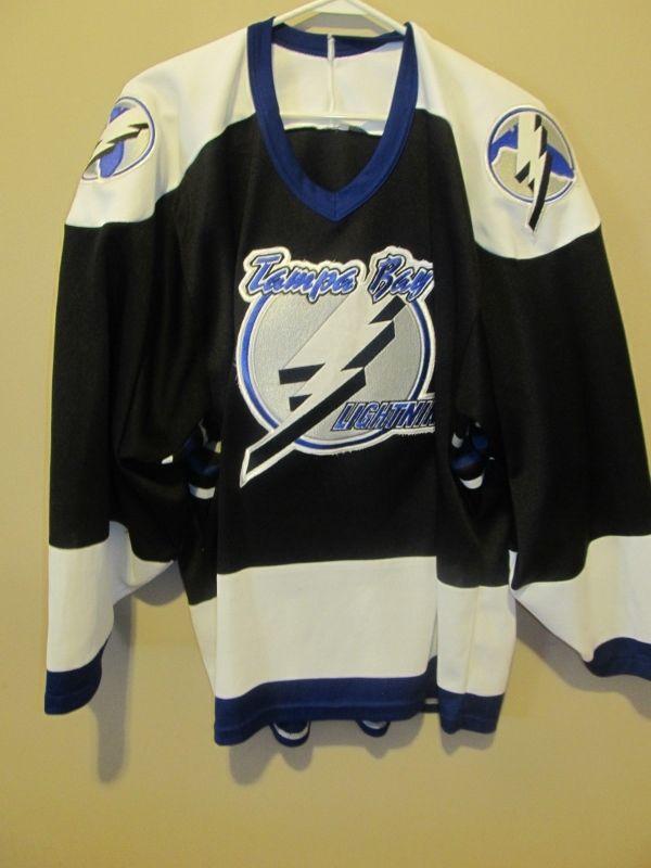 online retailer bb63d 66649 Vintage CCM Tampa Bay Lightning Hockey jersey , Large ...