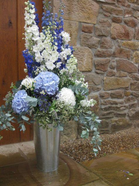 great flower displays blue florals wedding flowers centerpiece rh pinterest com