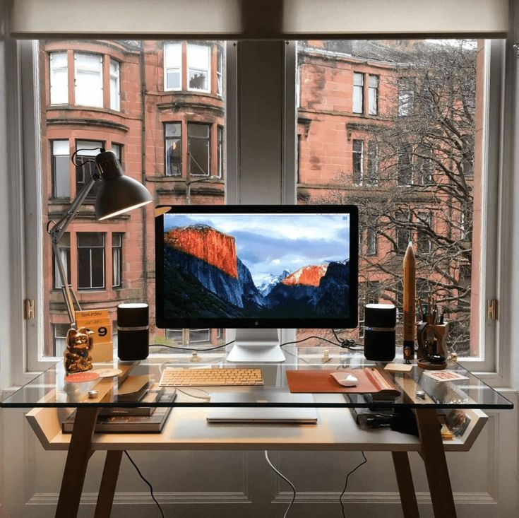 5 Incredible Desk Setups To Boost Your Productivity