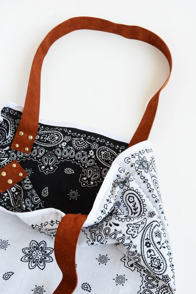 Easy-Sew Reversible Tote Bag Using Bandanas