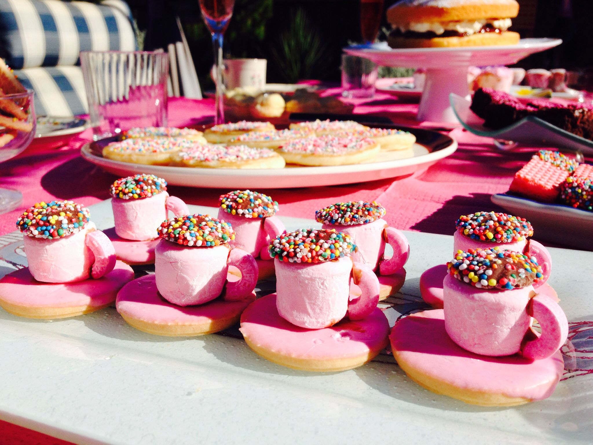 High tea food ideas pink - I know who would love this! | Tea Party ...