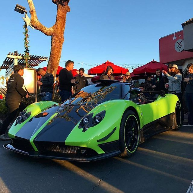 The green Zonda Cinque aka The Grinch, has landed in the US ...