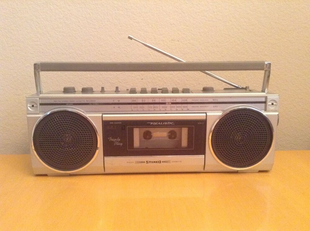 vintage boombox realistic scr 11 am fm radio ghettoblaster 1980s rh pinterest com