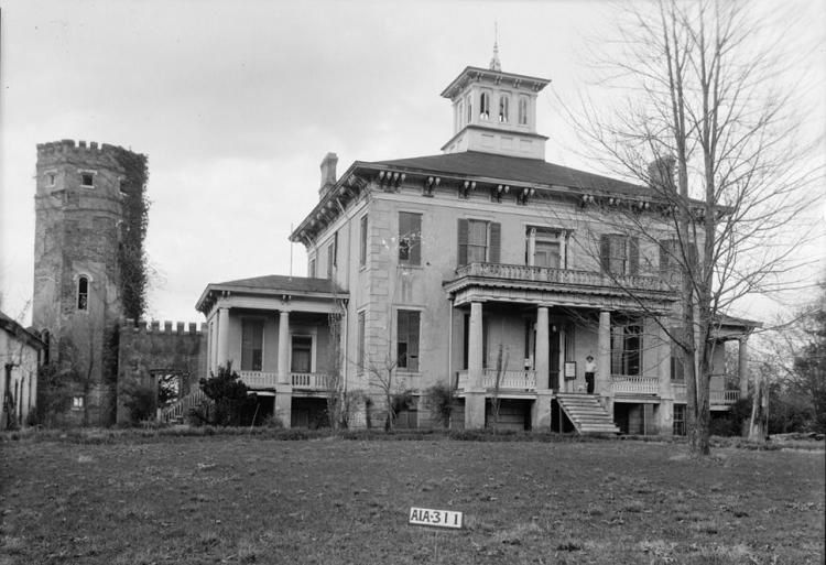Rocky Hill Castle is a historic plantation home in Courtland, Alabama. Built in the 1820's, but when the Civil War broke out it was used by Confederates as a hospital. Some say that the spirits of Civil War soldiers and tortured slaves haunt the premises, as well as the mysterious  'lady in blue'.