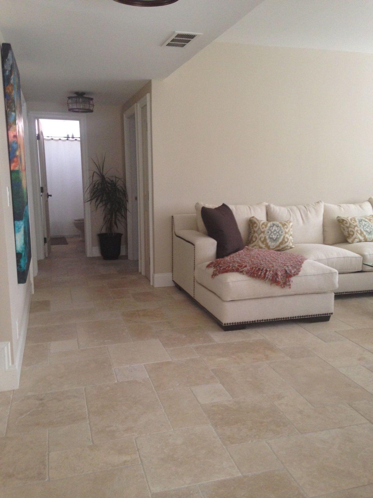 Tile Floor Designs For Living Rooms: Hazelnut Versailles Pattern Travertine Living Room Remodel
