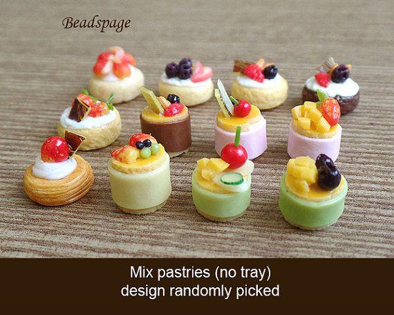 Miniature minifood Wagashi Taiyaki 1:8 scale Lati Yellow Pukifee Japanese tea time Pastry Party time