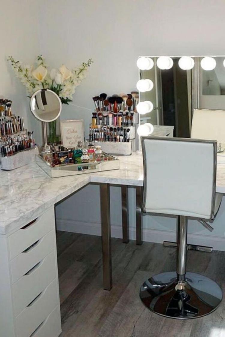 40 creative diy makeup vanity design ideas vanity desk diy rh pinterest com