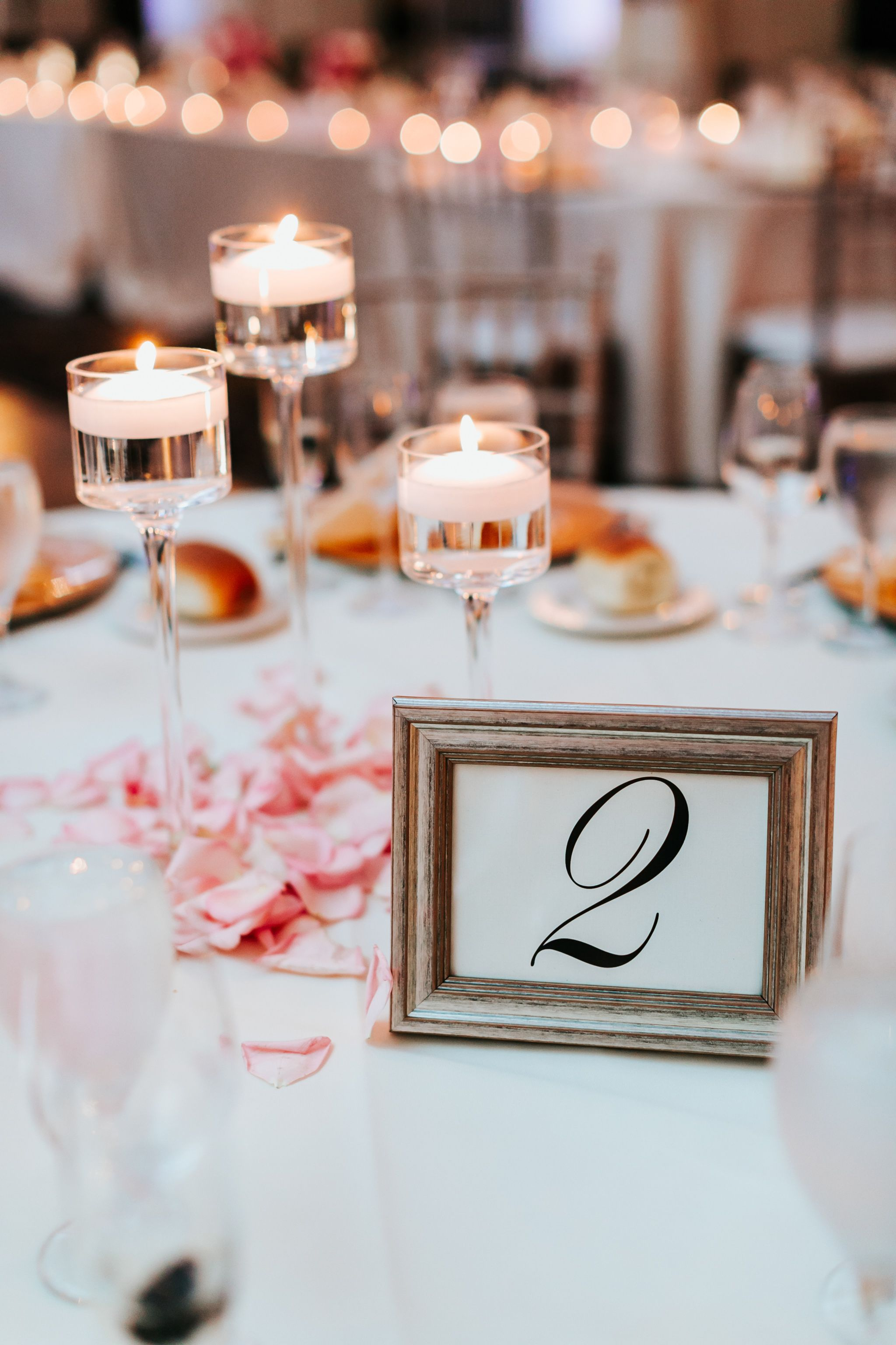 centerpieces for wedding receptions with candles%0A Candle Centerpieces  Flowers Decoration  Floating Candles  Flower  Invitation  Wedding Flowers  Favors  Wedding Bouquets  Gifts  Wedding Favors