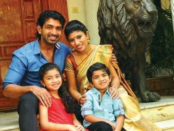 Vijay Son And Daughter Age