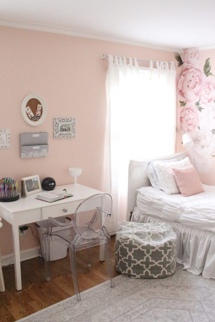 sweet feminine bedroom space for a tween girl diy crafts home rh pinterest ch